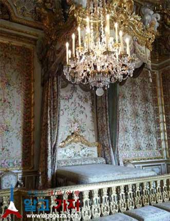 베르사이유 왕비 침실